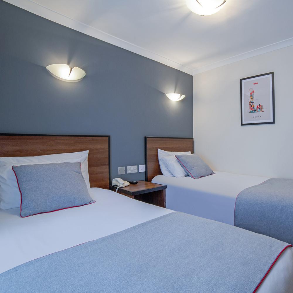2 single beds 1000×1000 copy