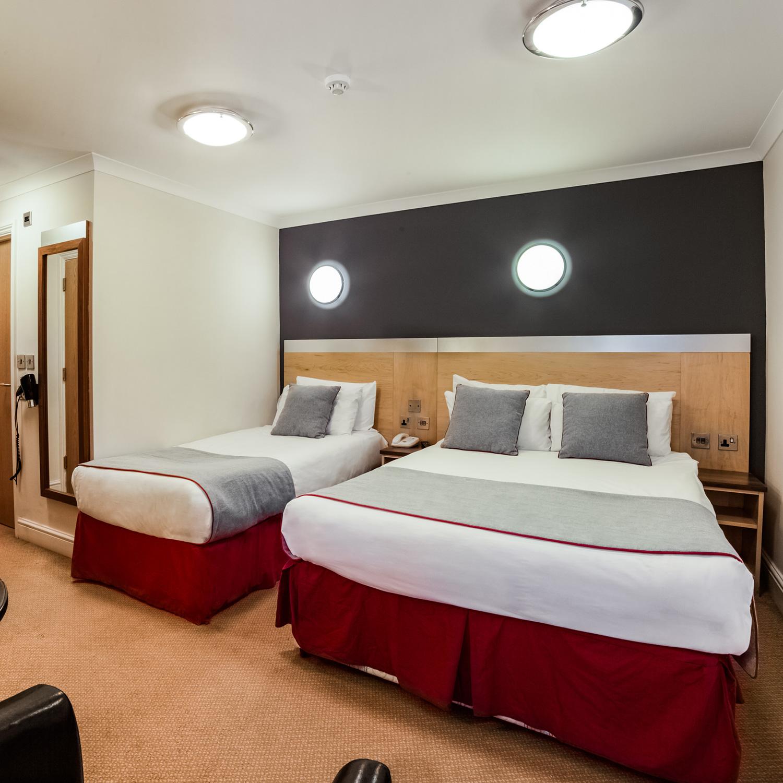 triple rooms copy 6